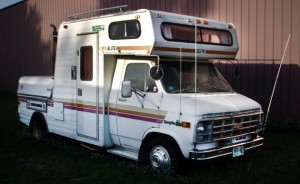 1978 Elite 188 TowLounge Chevy van with a 5th wheel hitch